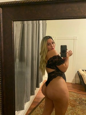 Anouck escort girl in Fair Lawn