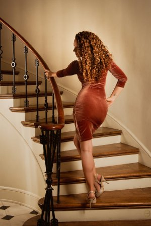 Ange-line escort girls in La Habra